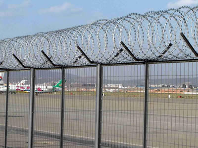 Barbed Wire for Farm, Ranch, Building, Airport Fencing