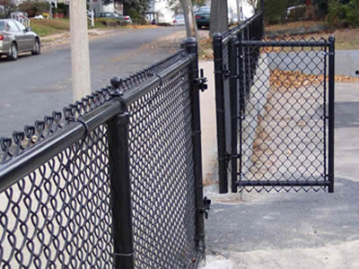 Black Coated Vinyl Chain Link Fence Installation Steps